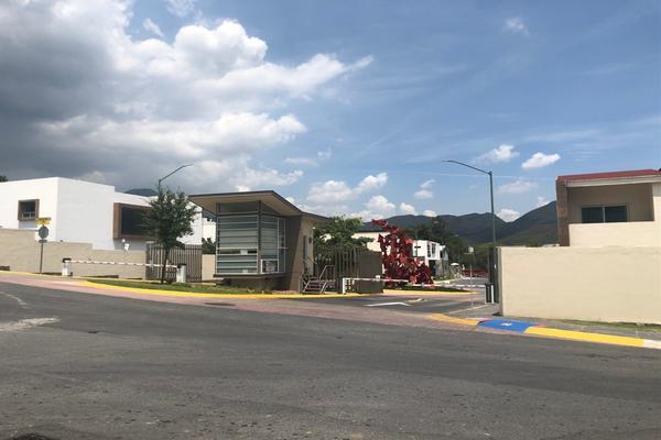 Foto de casa en venta en  , residencial de la sierra, monterrey, nuevo león, 16925128 No. 02