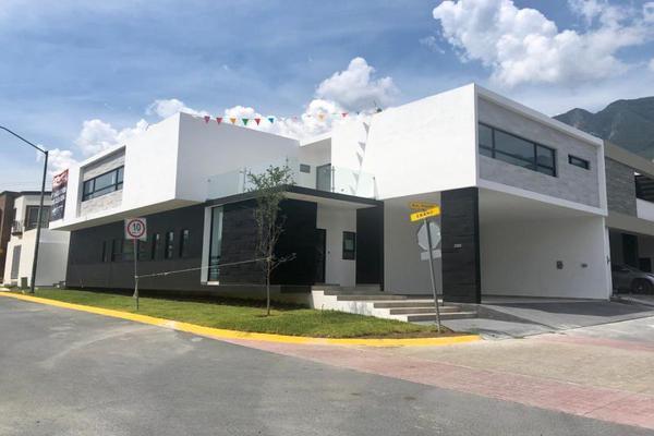 Foto de casa en venta en  , residencial de la sierra, monterrey, nuevo león, 9234991 No. 01