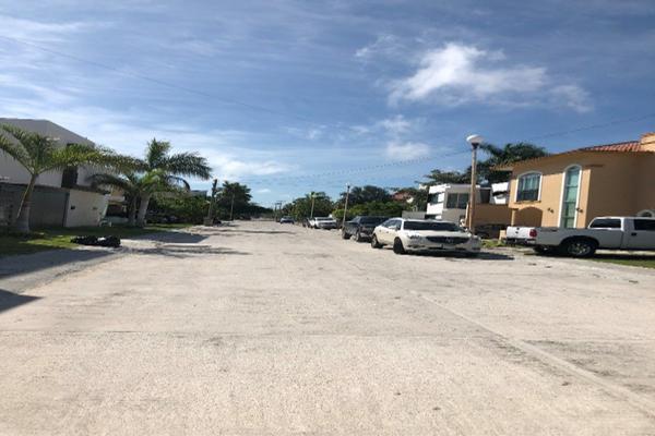 Foto de terreno habitacional en venta en  , residencial del lago, carmen, campeche, 14036867 No. 04