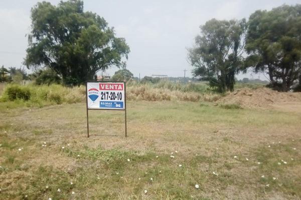 Foto de terreno habitacional en venta en  , residencial el náutico, altamira, tamaulipas, 13352769 No. 02