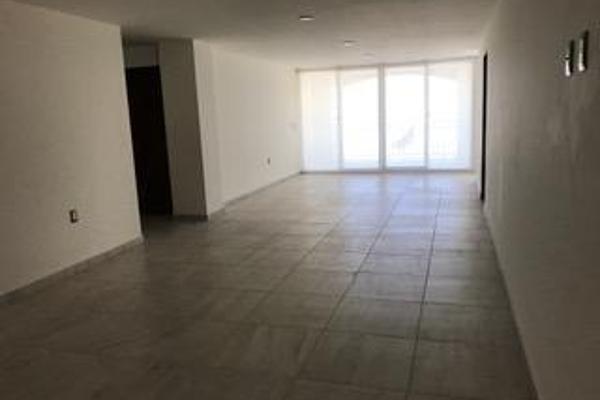 Foto de departamento en renta en  , residencial el refugio, querétaro, querétaro, 14023295 No. 02