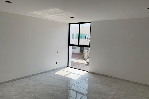 Foto de casa en venta en  , residencial el refugio, querétaro, querétaro, 14034422 No. 09