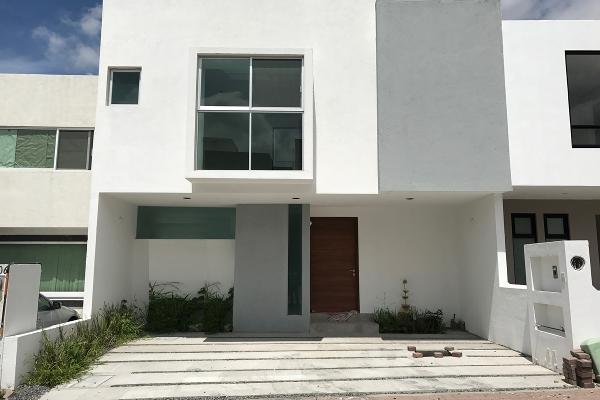 Foto de casa en venta en  , residencial el refugio, querétaro, querétaro, 14034438 No. 01