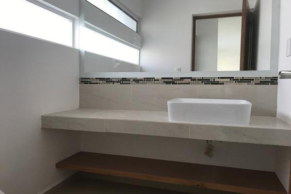 Foto de casa en venta en  , residencial el refugio, querétaro, querétaro, 14034454 No. 02