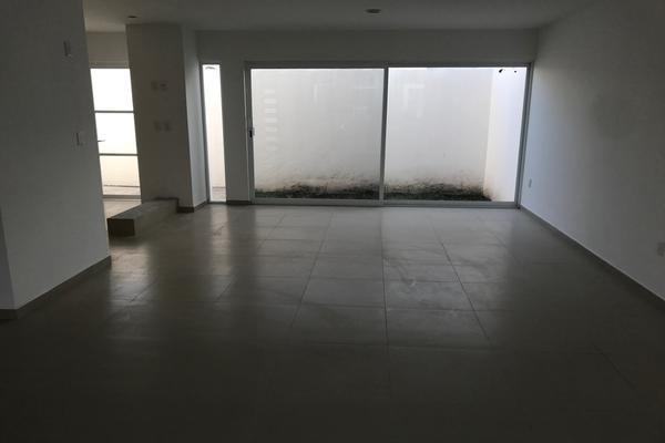 Foto de casa en venta en  , residencial el refugio, querétaro, querétaro, 14034454 No. 04