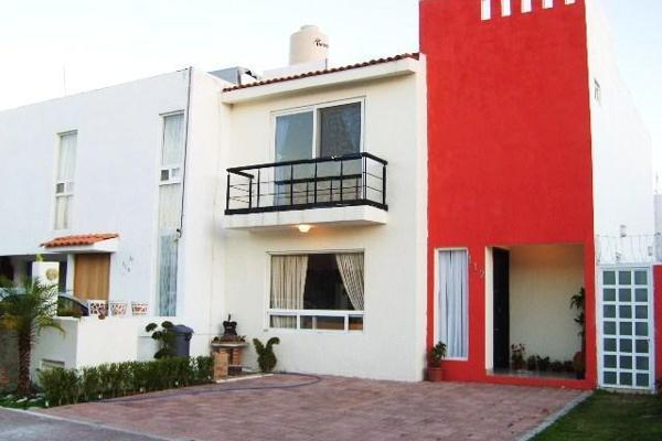 Foto de casa en venta en  , residencial el refugio, querétaro, querétaro, 14034458 No. 01