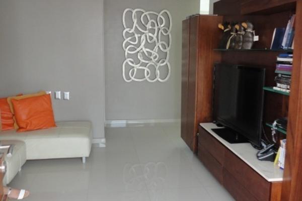 Foto de casa en venta en  , residencial el refugio, querétaro, querétaro, 14034474 No. 02
