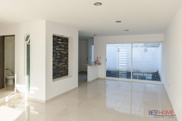 Foto de casa en venta en  , residencial el refugio, querétaro, querétaro, 14036117 No. 03