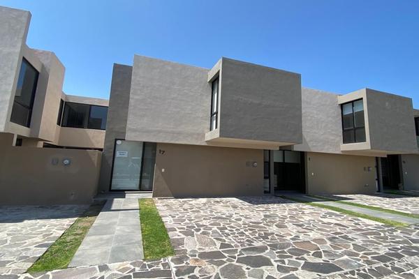 Foto de casa en venta en  , residencial el refugio, querétaro, querétaro, 14036125 No. 01