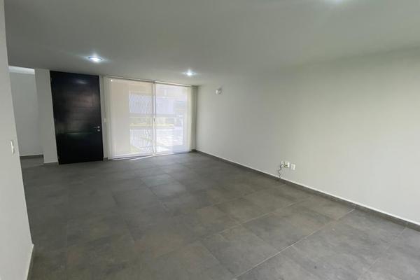 Foto de casa en venta en  , residencial el refugio, querétaro, querétaro, 14036125 No. 02