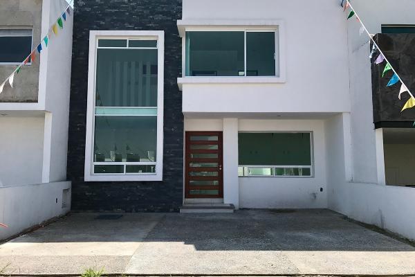 Foto de casa en venta en  , residencial el refugio, querétaro, querétaro, 2717225 No. 01