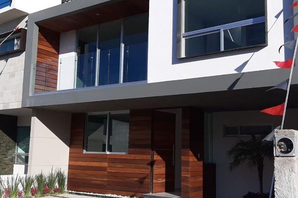 Foto de casa en venta en  , residencial el refugio, querétaro, querétaro, 5904698 No. 01