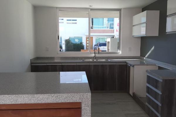 Foto de casa en venta en  , residencial el refugio, querétaro, querétaro, 5904698 No. 02