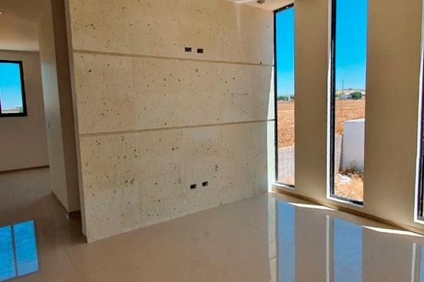 Foto de casa en venta en  , residencial las plazas, aguascalientes, aguascalientes, 14033710 No. 03