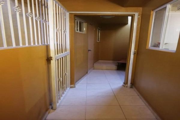 Foto de casa en venta en  , residencial marfil, guanajuato, guanajuato, 15675436 No. 04