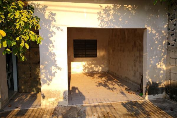 Foto de casa en venta en  , residencial pensiones i y ii, mérida, yucatán, 14028661 No. 02