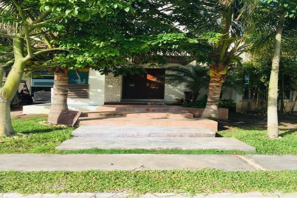 Foto de casa en venta en  , residencial san miguel, carmen, campeche, 14036951 No. 02