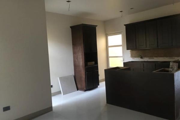 Foto de casa en venta en  , residencial villa dorada, durango, durango, 5931419 No. 02
