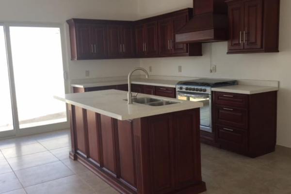 Foto de casa en venta en  , residencial villa dorada, durango, durango, 5932448 No. 02