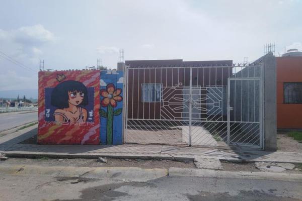 Foto de casa en venta en reyes de salgado 200, chulavista, tlajomulco de zúñiga, jalisco, 8245909 No. 01