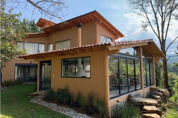 Foto de casa en condominio en renta en  , rincón de estradas, valle de bravo, méxico, 11441126 No. 01