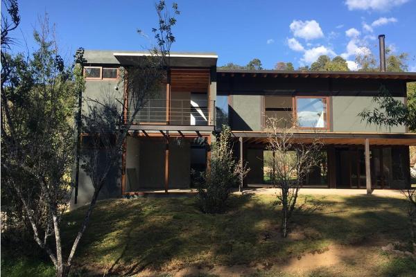 Foto de casa en venta en  , rincón de estradas, valle de bravo, méxico, 5860088 No. 01