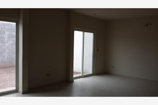 Foto de casa en venta en  , rincón de sayavedra, saltillo, coahuila de zaragoza, 2630573 No. 04