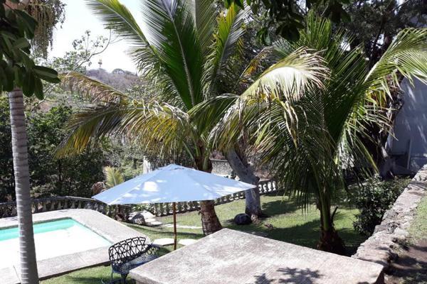 Foto de casa en venta en  , rinconada palmira, cuernavaca, morelos, 19969168 No. 02