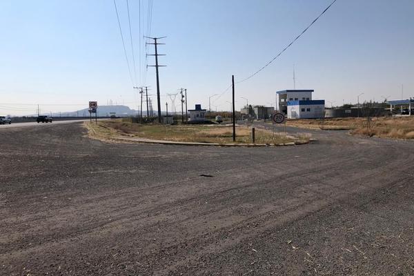 Foto de terreno habitacional en venta en  , rinconada san pedro, salamanca, guanajuato, 18335995 No. 02