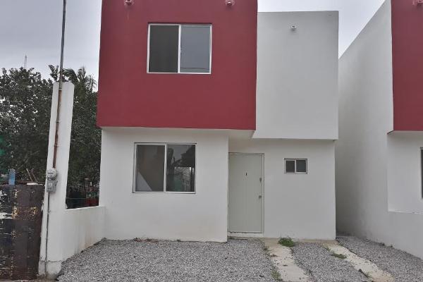 Foto de casa en venta en río blanco , loma alta, altamira, tamaulipas, 3500031 No. 01