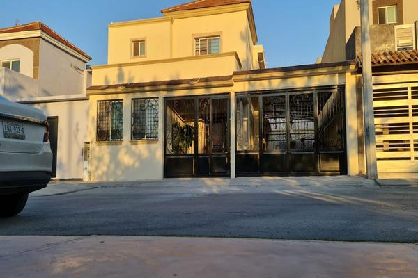 Foto de casa en venta en rio bravo 107 , lomas del valle, ramos arizpe, coahuila de zaragoza, 20638380 No. 02