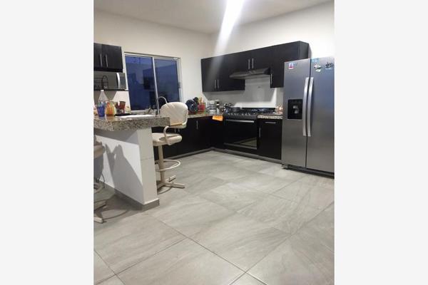 Foto de casa en venta en rio lowa 516, nogalar del campestre, saltillo, coahuila de zaragoza, 10096543 No. 06