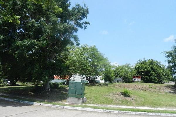 Foto de terreno habitacional en venta en  , rivera de la condesa, boca del río, veracruz de ignacio de la llave, 2643559 No. 02