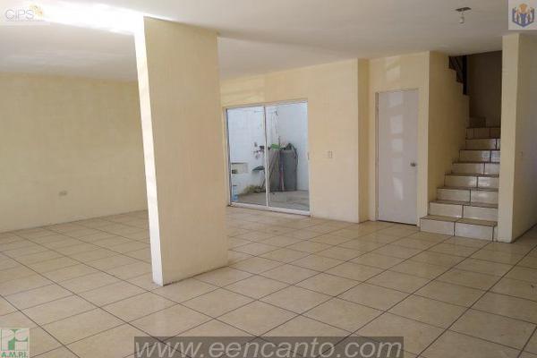 Foto de casa en venta en  , riveras de la laguna, tepic, nayarit, 14024414 No. 02