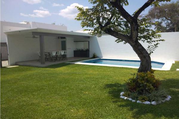 Foto de casa en venta en  , roberto osorio sosa, jiutepec, morelos, 15237914 No. 02