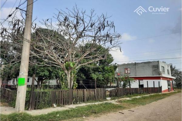 Foto de casa en venta en  , roger gómez, altamira, tamaulipas, 21226105 No. 02