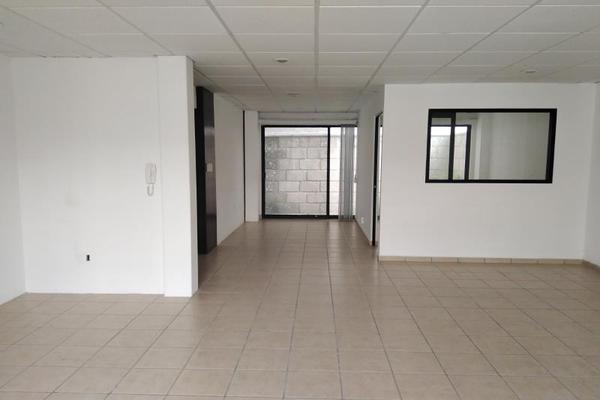 Foto de oficina en venta en rufino tamayo 33, pueblo nuevo, corregidora, querétaro, 13249989 No. 01