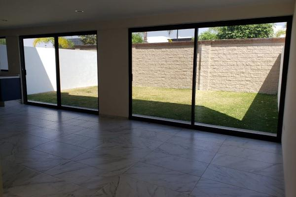 Foto de casa en venta en salamanca , lomas de angelópolis, san andrés cholula, puebla, 12271096 No. 02