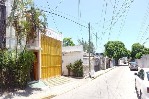 Foto de nave industrial en venta en  , salitral, carmen, campeche, 7961302 No. 02