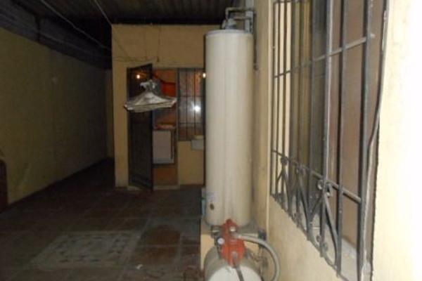 Foto de casa en venta en  , saltillo zona centro, saltillo, coahuila de zaragoza, 3424485 No. 11