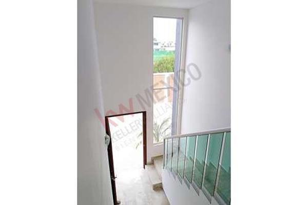 Foto de casa en venta en  , san andrés cholula, san andrés cholula, puebla, 8856353 No. 01
