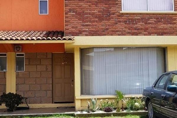 Foto de casa en venta en  , san bartolomé tlaltelulco, metepec, méxico, 5673161 No. 01