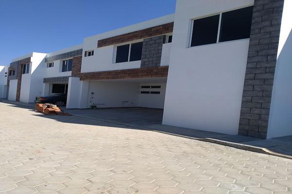 Foto de casa en venta en  , san bernardino tlaxcalancingo, san andrés cholula, puebla, 5683038 No. 01