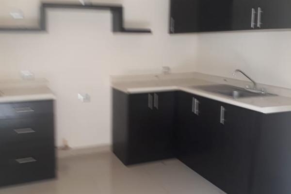 Foto de casa en venta en  , san carlos, mérida, yucatán, 14038756 No. 03