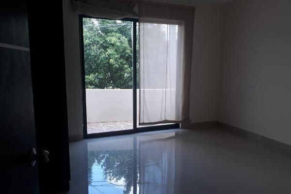 Foto de casa en venta en  , san carlos, mérida, yucatán, 14038756 No. 04