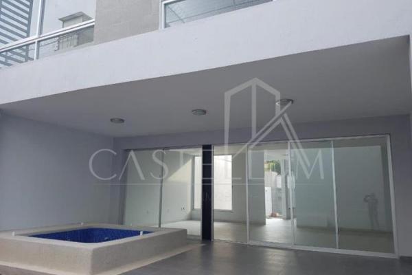 Foto de casa en venta en  , san cristóbal, cuernavaca, morelos, 12276800 No. 01