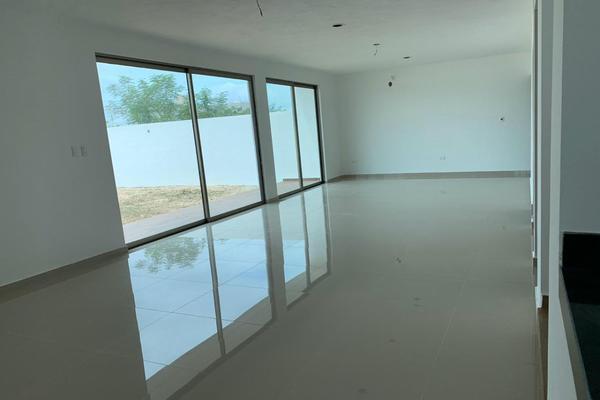 Foto de casa en venta en  , san francisco de asís, conkal, yucatán, 10142798 No. 10