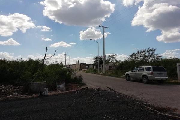 Foto de terreno habitacional en venta en  , san francisco de asís, conkal, yucatán, 8422967 No. 02