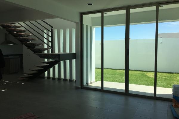 Foto de casa en venta en  , san gaspar tlahuelilpan, metepec, méxico, 3063746 No. 04