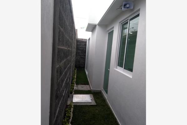 Foto de casa en venta en  , san juan cuautlancingo centro, cuautlancingo, puebla, 5936453 No. 02